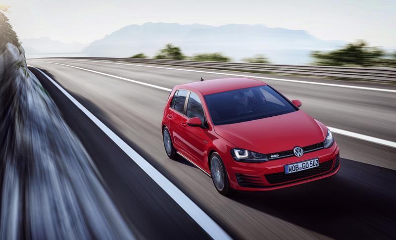 Foto Exteriores Volkswagen Golf Gtd Dos Volumenes 2013