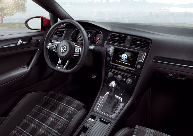Foto Salpicadero Volkswagen Golf Gtd Dos Volumenes 2013