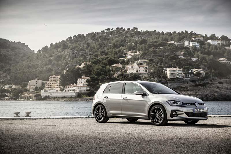 Foto Exteriores Volkswagen Golf Gtd Dos Volumenes 2017