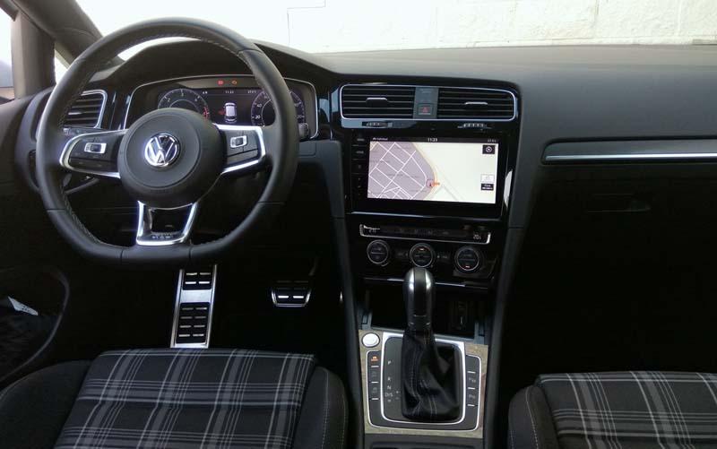 Foto Interiores Volkswagen Golf Gtd Dos Volumenes 2017