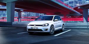 Foto Delantera Volkswagen Golf-gte Dos Volumenes 2014