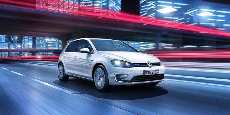 Foto Perfil Volkswagen Golf Gte Dos Volumenes 2014