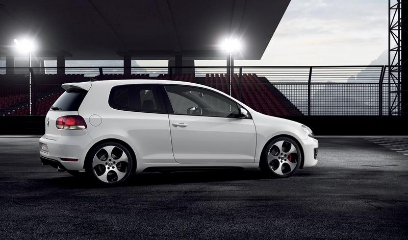 Foto Lateral Volkswagen Golf Gti Dos Volumenes 2009