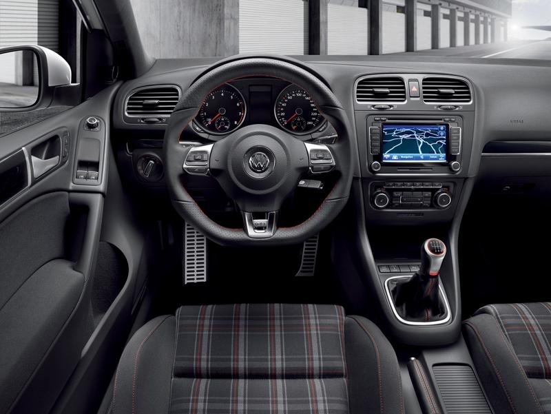 Foto Salpicadero Volkswagen Golf Gti Dos Volumenes 2009