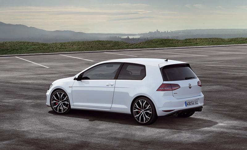 Foto Exteriores Volkswagen Golf Gti Dos Volumenes 2013