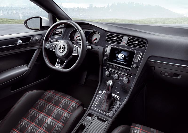 Foto Salpicadero Volkswagen Golf Gti Dos Volumenes 2013