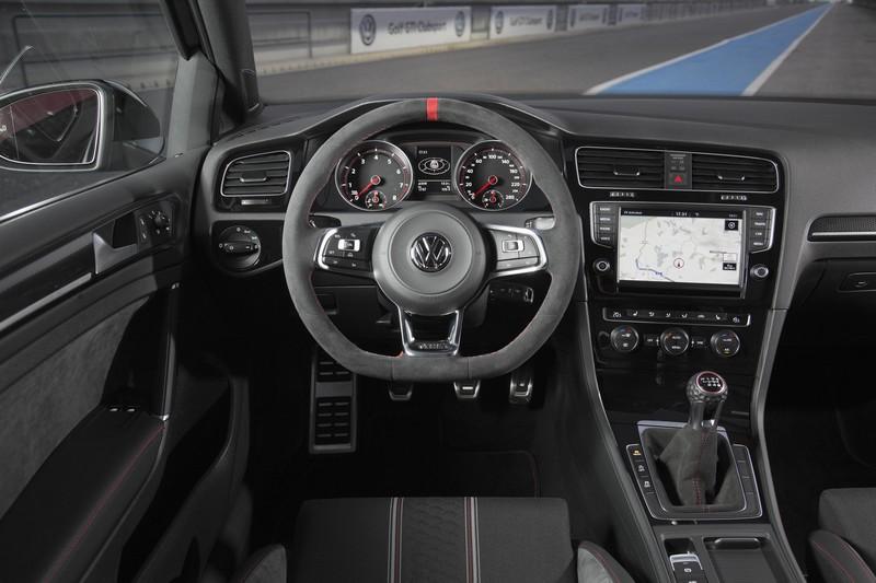 Foto Salpicadero Volkswagen Golf Gti Clubsport Dos Volumenes 2016