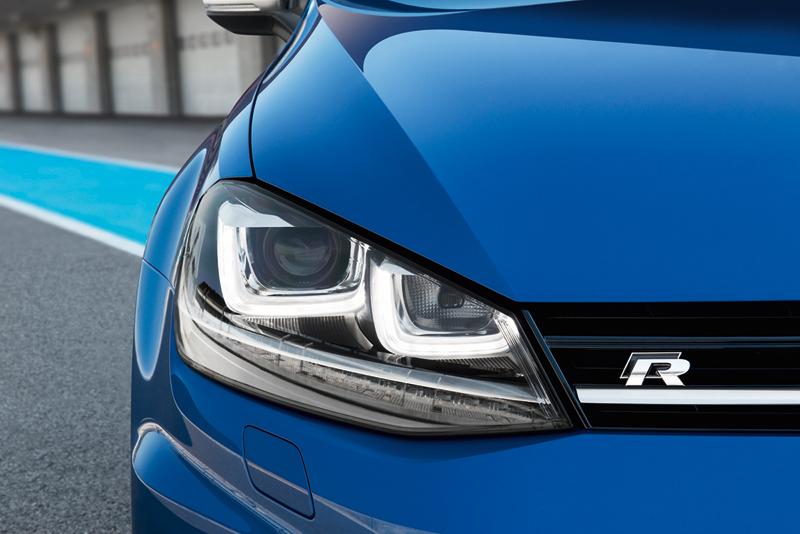 Foto Detalles Volkswagen Golf R Dos Volumenes 2013
