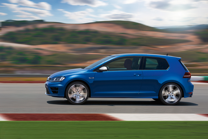 Foto Exteriores Volkswagen Golf R Dos Volumenes 2013