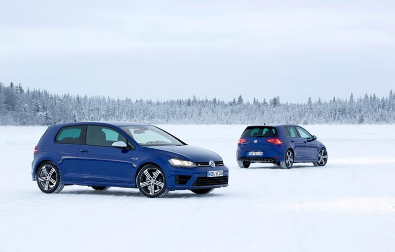 Foto Exteriores Volkswagen Golf R Dos Volumenes 2014