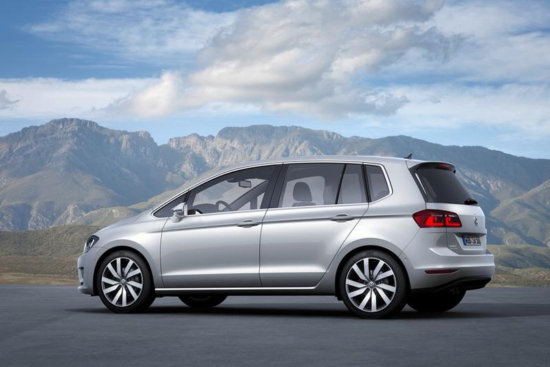 Foto K,jhkhjkhj Volkswagen Golf Sportsvan Monovolumen 2013
