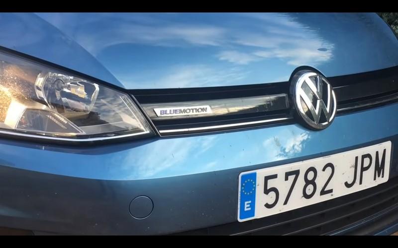 Foto Detalles Volkswagen Golf Tsi Bluemotion Prueba Dos Volumenes 2016