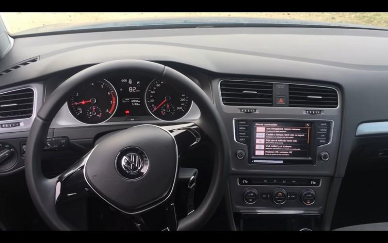 Foto Salpicadero Volkswagen Golf Tsi Bluemotion Prueba Dos Volumenes 2016