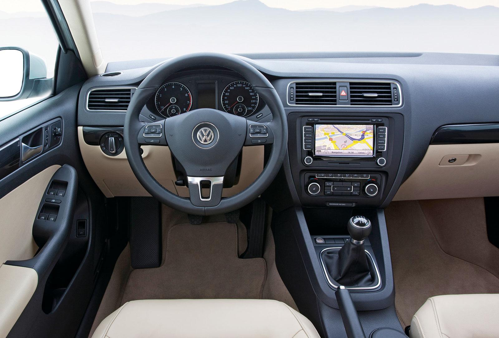 Foto Interiores 5 Volkswagen Jetta Sedan 2011