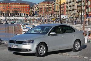 Foto Exteriores (11) Volkswagen Jetta Sedan 2011