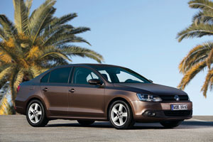Foto Exteriores (2) Volkswagen Jetta Sedan 2011