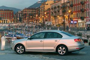 Foto Exteriores (3) Volkswagen Jetta Sedan 2011