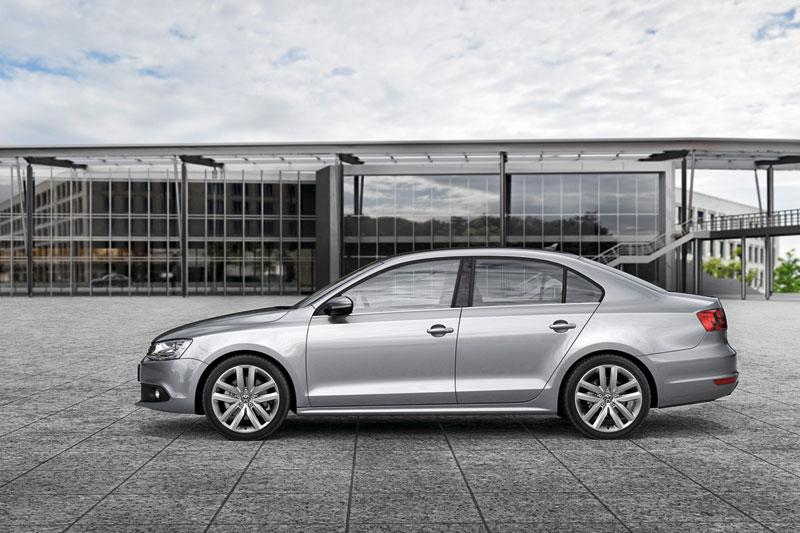 Foto Perfil Volkswagen Jetta Sedan 2011