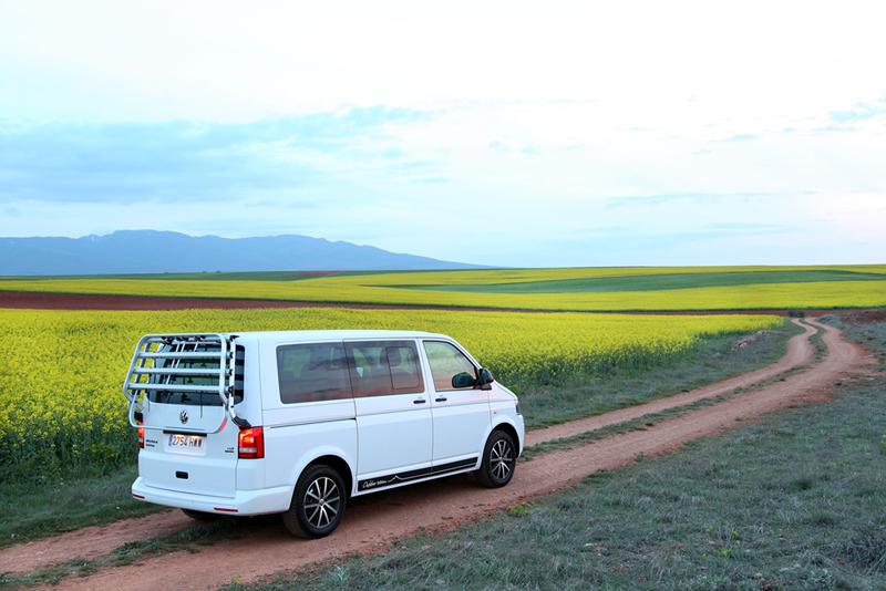 Foto Exteriores Volkswagen Multivan Outdoor Edition Vehiculo Comercial 2014