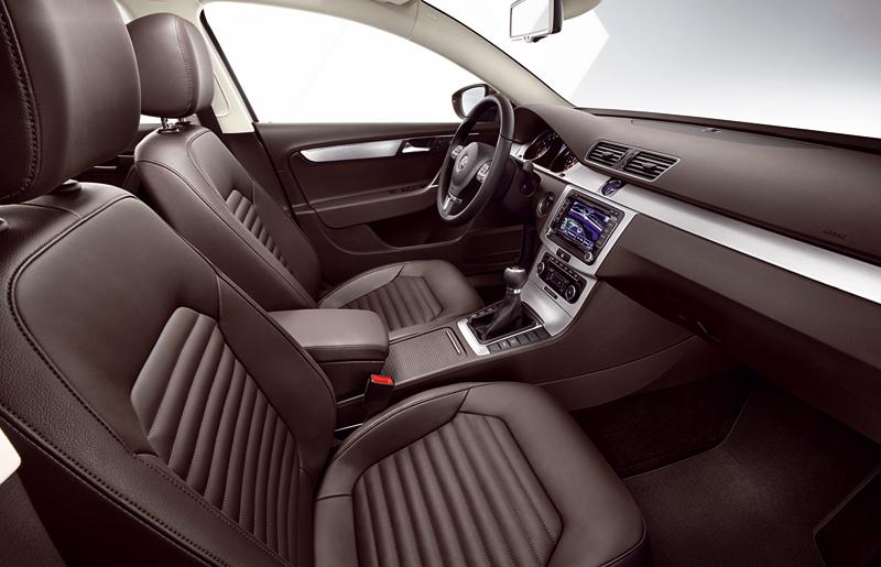Foto Interiores Volkswagen Passat Berlina 2010