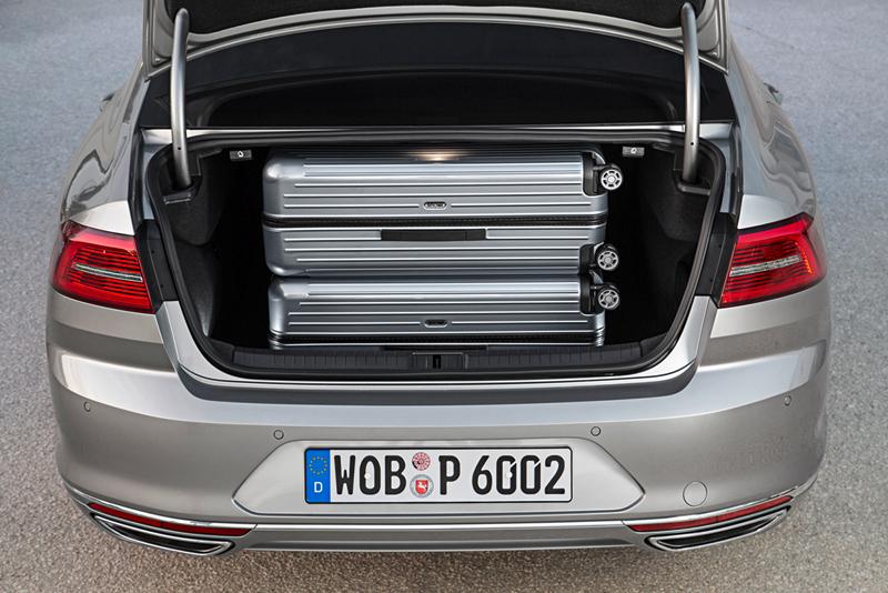 Foto Detalles Volkswagen Passat Berlina 2014