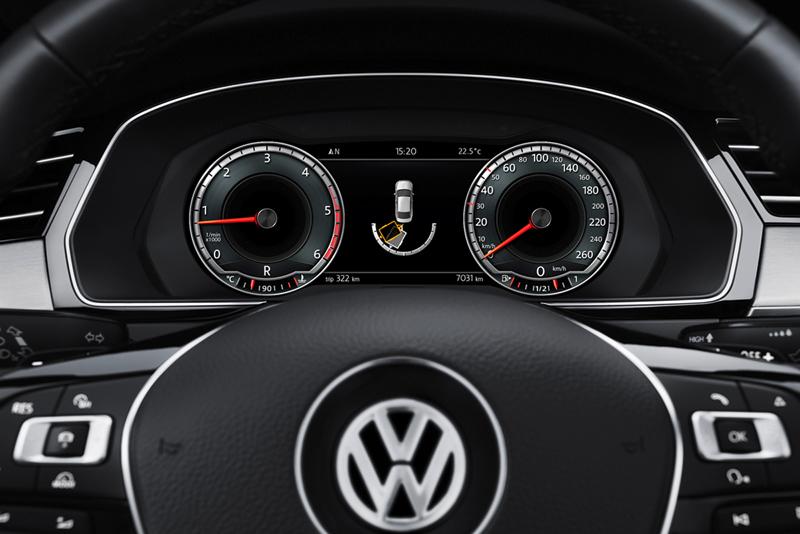 Foto Interiores Volkswagen Passat Berlina 2014