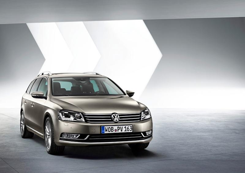 Foto Delantera Volkswagen Passat Familiar 2010