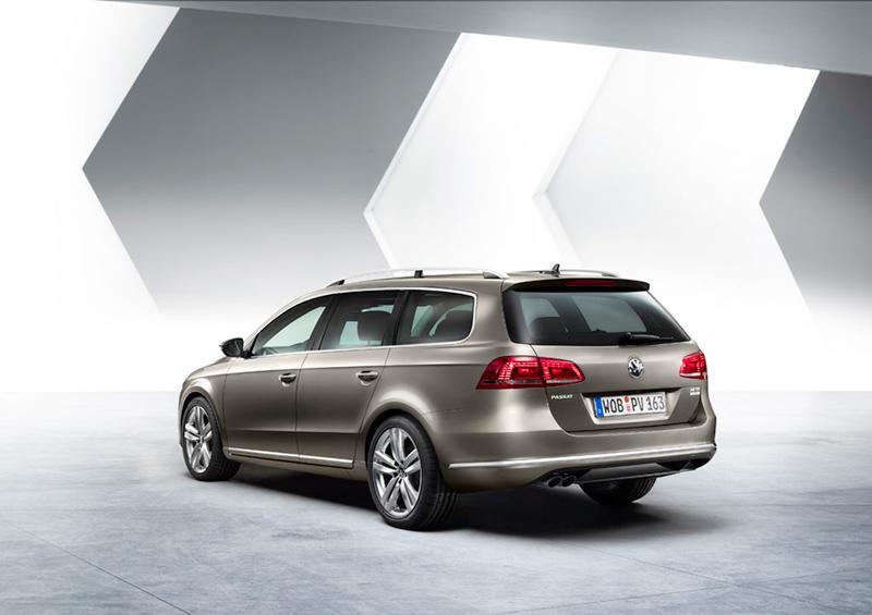 Foto Trasera Volkswagen Passat Familiar 2010
