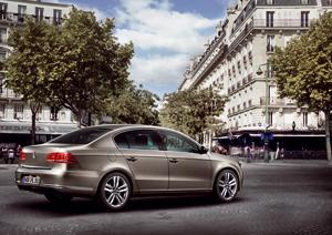 Foto Exteriores-(3) Volkswagen Passat Sedan 2010