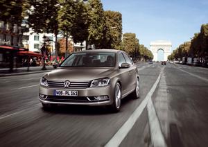 Foto Exteriores-(5) Volkswagen Passat Sedan 2010
