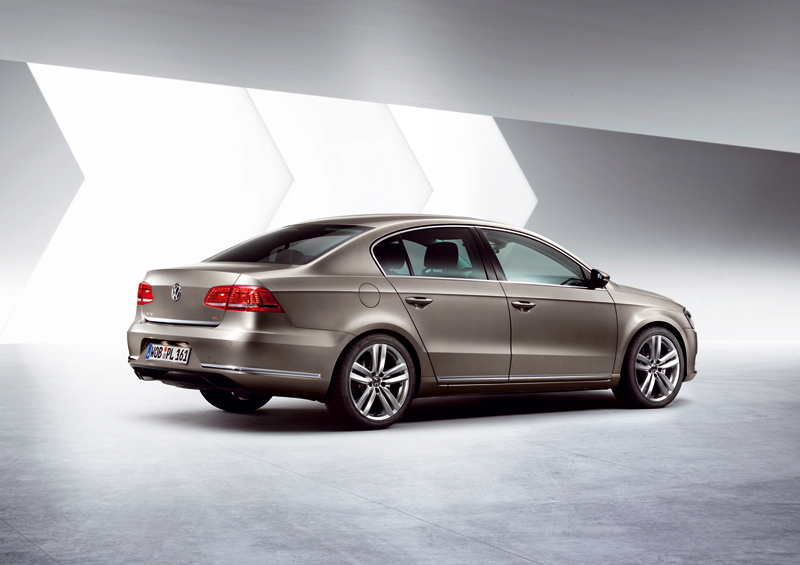 Foto Exteriores-(2) Volkswagen Passat Sedan 2010