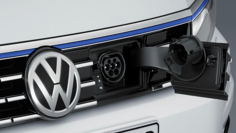 Foto Detalles (3) Volkswagen Passat-gte Sedan 2016