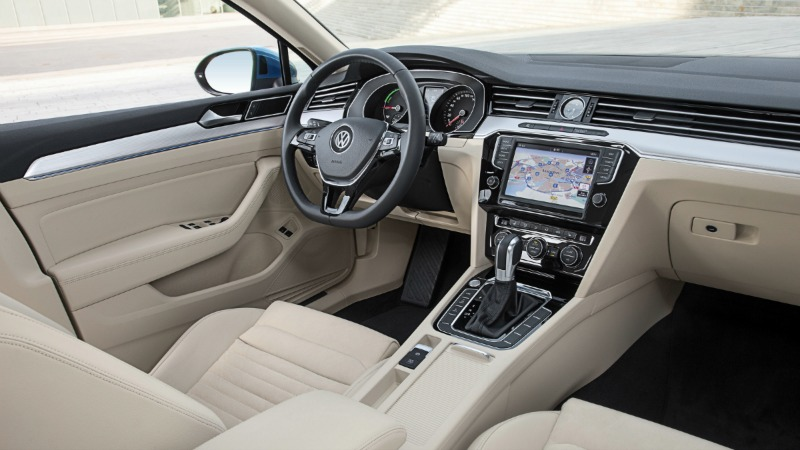 Foto Interiores (4) Volkswagen Passat-gte Sedan 2016