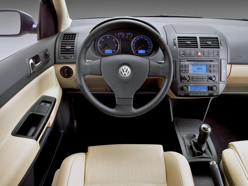 Foto Salpicadero Volkswagen Polo Dos Volumenes 2008