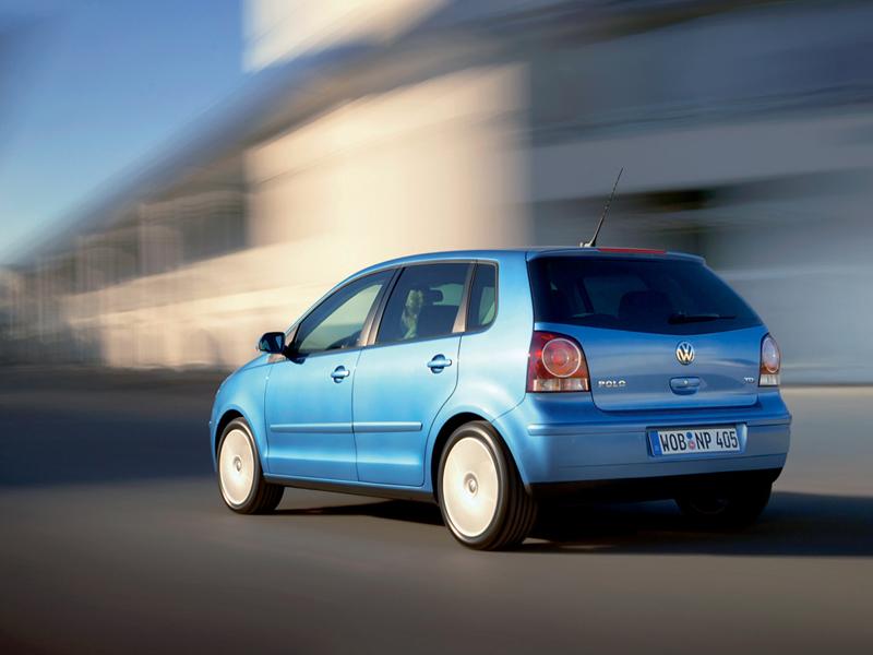 Foto Trasero Volkswagen Polo Dos Volumenes 2008