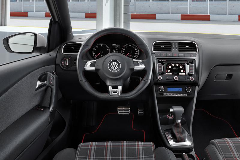 Foto Salpicadero Volkswagen Polo Gti Dos Volumenes 2010