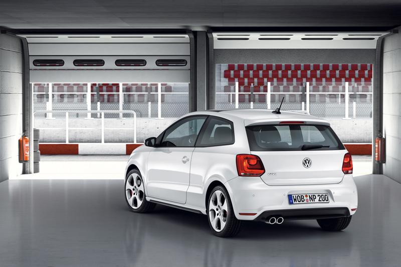 Foto Trasero Volkswagen Polo Gti Dos Volumenes 2010