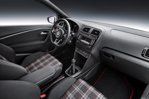 Foto Interior (1) Volkswagen Polo-gti Dos Volumenes 2014