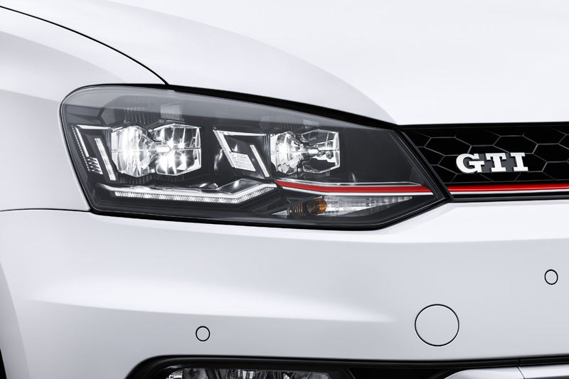Foto Detalles (1) Volkswagen Polo-gti Dos Volumenes 2014