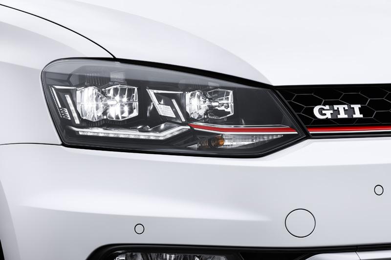 Foto Detalles (3) Volkswagen Polo-gti Dos Volumenes 2014