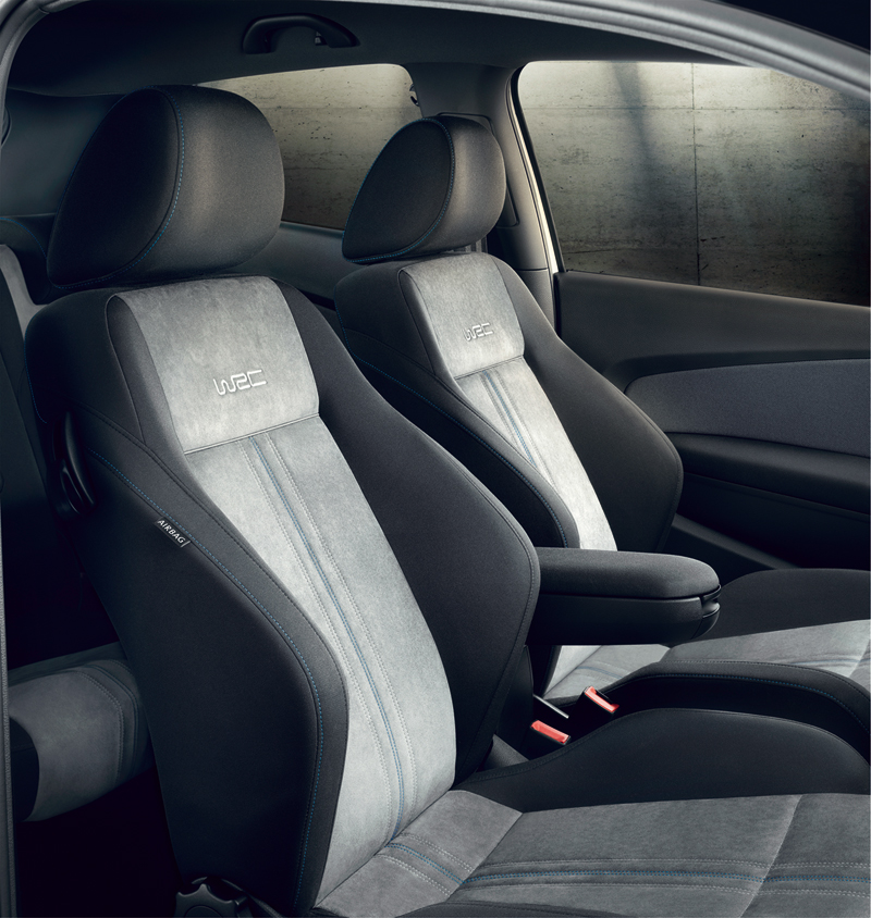 Foto Interiores Volkswagen Polo R Wrc Dos Volumenes 2013
