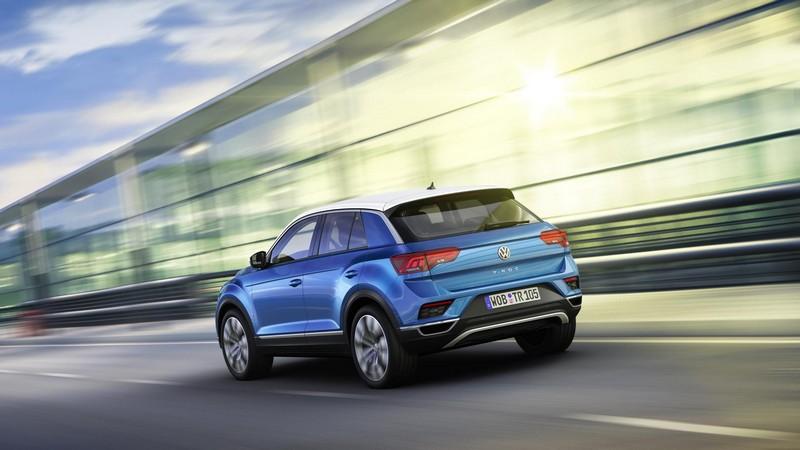 Foto Trasera Volkswagen T Roc Suv Todocamino 2017