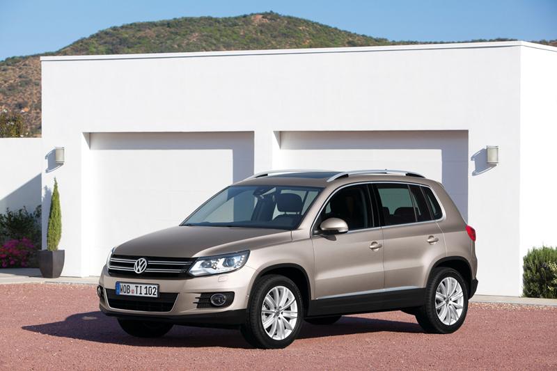 Foto Perfil Volkswagen Tiguan Suv Todocamino 2012