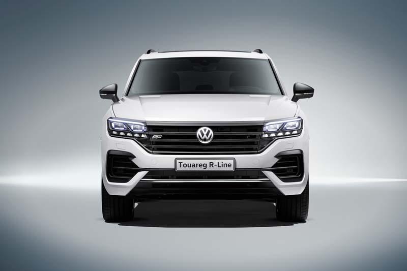 Volkswagen Touareg 2018, foto delantera