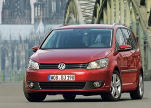 Foto Delantera Volkswagen Touran Monovolumen 2010