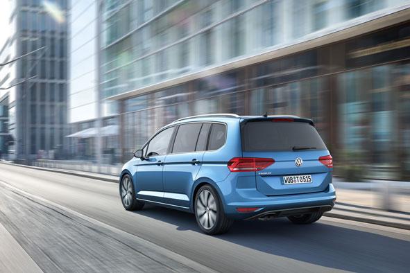Foto Exteriores (1) Volkswagen Touran Monovolumen 2015