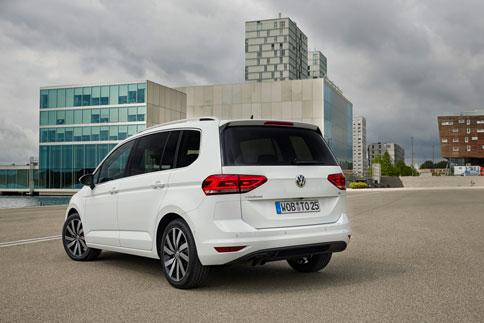 Foto Exteriores (3) Volkswagen Touran Monovolumen 2015