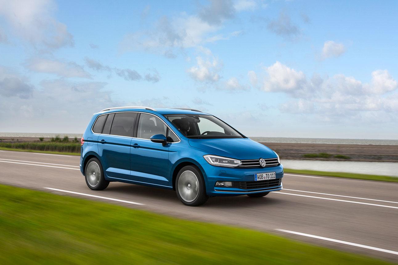 Foto Exteriores (10) Volkswagen Touran Monovolumen 2015