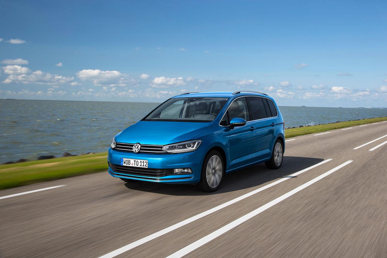 Foto Nuevo Volkswagen Touran Monovolumen 2015