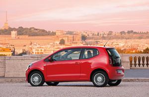 Foto Exteriores_29 Volkswagen Up Dos Volumenes 2011